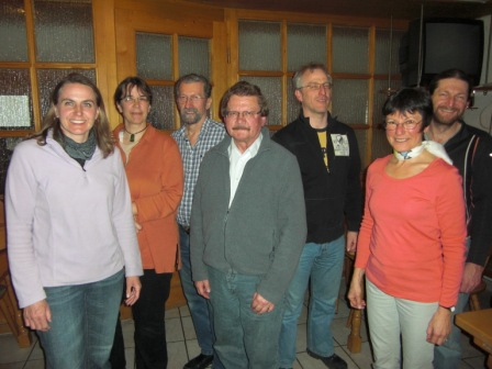Der neue Vorstand: Rosi Hutter, Ruth Birett, Bernhard Maier, Gerhard Kral, Leo Barnsteiner, Claudia Fenster-Waterloo, Michael Kirchbichler