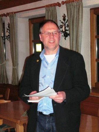 Karl-Heinz Grehl referiert über graue Energie