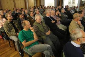 Mehr als hundert Besucher im Schongauer Sparkassenforum!